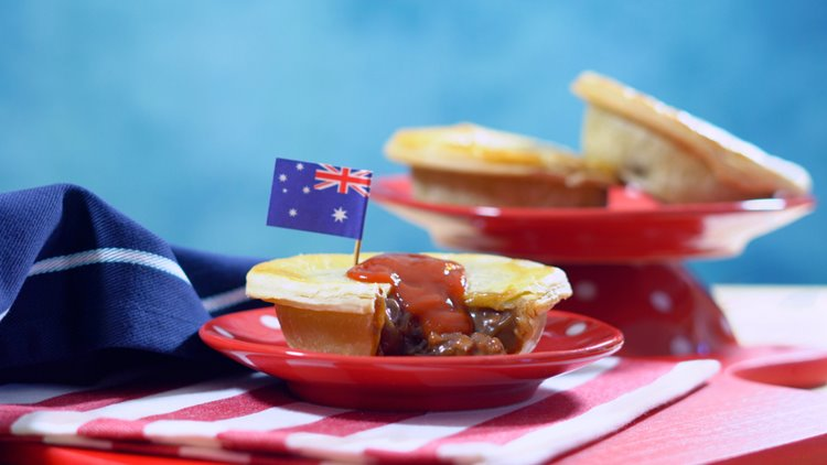meat pie with Australian flag