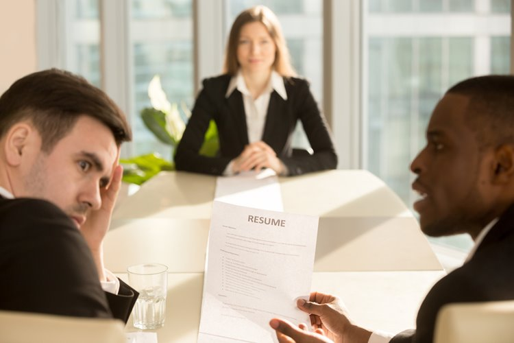 male hiring managers cringing at applicant's resume